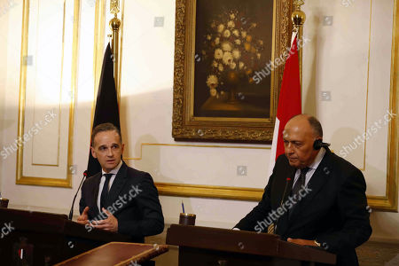 German Foreign Minister Heiko Maas (L) and Egyptian Foreign Minister Sameh Shoukry (R) during their press conference in Cairo, Egypt, 29 October 2019.