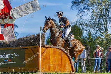 James Avery riding Mr Sneezy