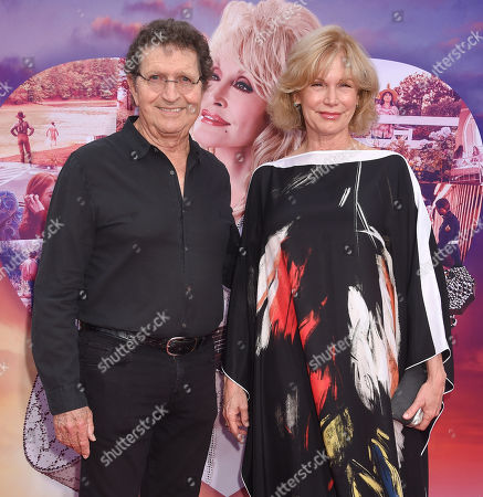 Stock Picture of Mac Davis and wife Lise Kristen Gerard