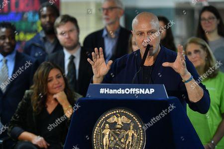 Editorial image of Mayor Bill de Blasio visits Anna Silver School cafeteria, New York, USA - 30 Oct 2019