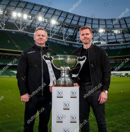 Stock Image of Peamount manager James O'Callaghan and Wexford Youths manager Tom Elmes