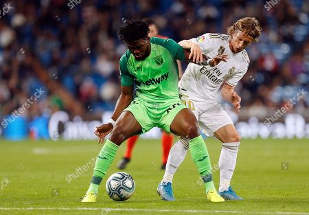 CD Leganes's Kenneth Omeruo and Real Madrid CF's Luka Modric