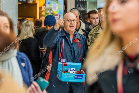 Ross Kemp sells poppies as he Launches London Poppy Day 2019  on Liverpool Street Station, central concourse - 2000 service personnel join forces with veterans, volunteers and celebrities in an attempt to raise £1m in a single day for The Royal British Legion during London Poppy Day.