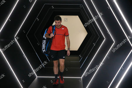 Swiss Stan Wawrinka walks through the tunnel as he arrives to play Spain's Rafael Nadal during the 3rd round match of the Paris Masters tennis tournament in Paris, France