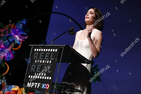 EXCLUSIVE - Lizzy Caplan