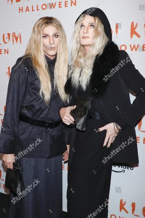 David Burtka and Neil Patrick Harris, dressed respectively as Ashley Olsen and Mary-Kate Olsen