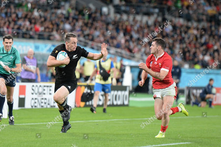 Ben Smith of New Zealand runs for scoring his second try during the 2019 Rugby World Cup Bronze Final match between New Zealand and Wales at the Tokyo Stadium in Tokyo, Japan.