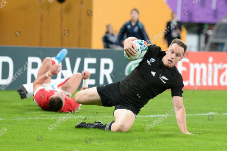 Ben Smith of New Zealand scores his second try during the 2019 Rugby World Cup Bronze Final match between New Zealand and Wales at the Tokyo Stadium in Tokyo, Japan.