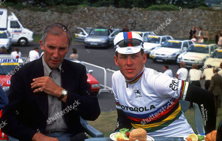 1994 Tour de France Stage 4 start Dover Castle Phil Liggett (GBr) talks to World Champion Lance Armstrong (USA) at the start of the stage.