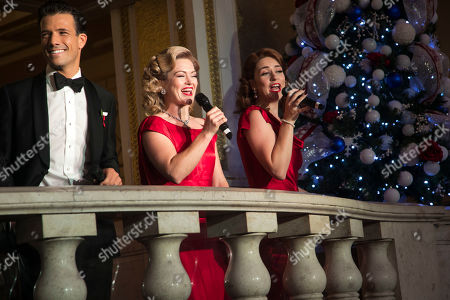 Danny Mac (Bob Wallace), Clare Halse (Judy Haynes) and Danielle Hope (Betty Haynes)
