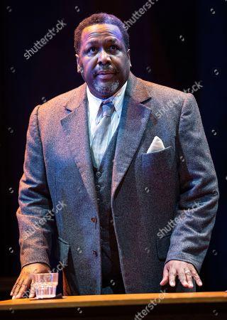 Wendell Pierce (Willy Loman)