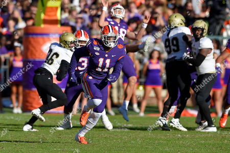 Isaiah Simmons, Will Spiers. Clemson's Isaiah Simmons (11) runs up the field while Will Spiers kicks a punt during the first half of an NCAA college football game against Wofford, in Clemson, S.C