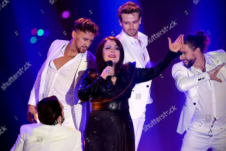 Stock Picture of Marianne Rosenberg (C) performs during the TV show 'Schlagerbooom 2019 - Alles funkelt! Alles glitzert!' (lit.: Hit Booom 2019 - everything sparkles, everything glitters) at the Westfalenhalle in Dortmund, Germany, 02 November 2019.