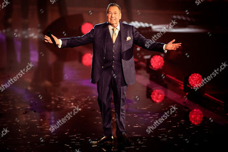 Roland Kaiser reacts during the TV show 'Schlagerbooom 2019 - Alles funkelt! Alles glitzert!' (lit.: Hit Booom 2019 - everything sparkles, everything glitters) at the Westfalenhalle in Dortmund, Germany, 02 November 2019.