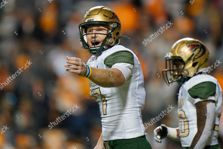 Tyler Johnston III #17 of the UAB Blazers calls the play during the NCAA football game between the University of Tennessee Volunteers and the University of Alabama at Birmingham Blazers in Knoxville, TN Tim Gangloff/CSM