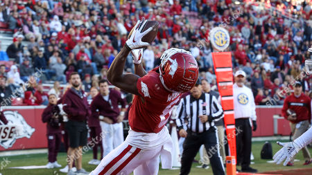 Mike Woods #8 Arkansas receiver settles in under a ball thrown to him for a touch down. .Mississippi State defeated Arkansas 54-24 in Fayetteville, AR, Richey Miller/CSM