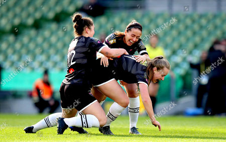 Peamount United vs Wexford Youths WFC. Peamount's Lauren Kelly celebrates scoring the first goal of the game with Kylie Murphy and Ciara Rossiter