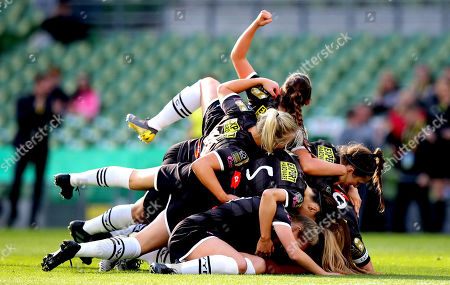 Peamount United vs Wexford Youths WFC. Peamount's Lauren Kelly celebrates scoring the first goal of the game with her teammates