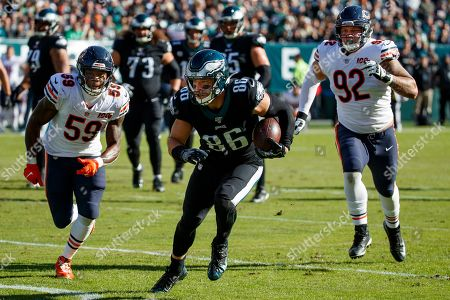 Stock Picture of Philadelphia Eagles tight end Zach Ertz (86) in action against Chicago Bears inside linebacker Danny Trevathan (59) and defensive end Brent Urban (92) during the the NFL football game, in Philadelphia. The Eagles won 22-14