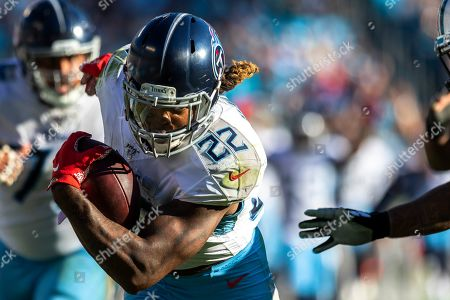 Tennessee Titans running back Derrick Henry (22) turns up field against the Carolina Panthers in the NFL matchup at Bank of America Stadium in Charlotte, NC