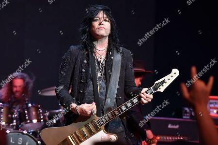 Tom Keifer performs at the Arcada Theatre, in St. Charles, Ill
