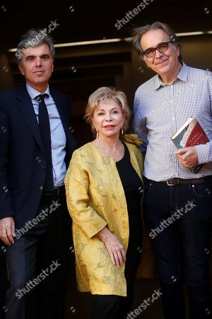 Chilean writer Isabel Allende (C) poses for media next to the Town Hall's Culture representative, Joan Subirats (R), and director of the Barcelona Historical Novel literary event, Felix Riera (L), before receiving the Barcino International Historical Novel Award in Barcelona, Catalonia, Spain, 04 November 2019. The award ceremony is held on the sidelines of the Barcelona Historical Novel literary event that runs from 04 to 09 November 2019.