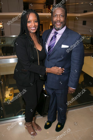 Stock Image of Erika Woods and Wendell Pierce (Willy Loman)