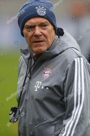 Bayern Munich assistant coach Hermann Gerland attends a training session prior to the Champions League group B soccer match between Bayern Munich and Olympiakos in Munich, Germany, . Bayern will face Olympiakos on Wednesday