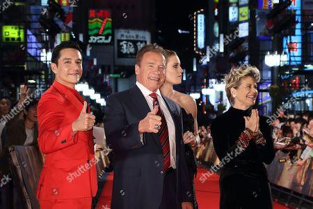 Gabriel Luna, Mackenzie Davis, Arnold Schwarzenegger, Linda Hamilton, Natalia Reyes, Tim Miller