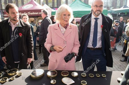 Camilla Duchess of Cornwall visiting Swiss Cottage Farmers Market On arrival at the Farmers' Market, Their Royal Highnesses will watch a performance by a band from Camden-based Young Music Makers, before visiting stalls and meeting stallholders, including several who have sold at the market since its first year in 1999. During the visit, a 'flash mob' performance of Oliver! by the Royal Central School of Speech & Drama will take place around Their Royal Highnesses. PIC: The Duchess at Exmoor Caviar stall.