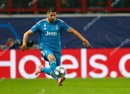 Juventus' Sami Khedira controls the ball during the Champions League Group D soccer match between Lokomotiv Moscow and Juventus at the Lokomotiv Stadium in Moscow, Russia