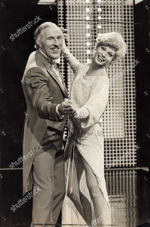 Bruce Forsyth Comedian Song And Dance Stars Bruce Forsyth And Juliet Prowse Were Back In The Old Routine Yesterday During Rehearsals For A New Bruce's Big Night Show On Itv. Juliet An Ex-fincee Of Frank Sinatra At One Time Boasted The Longest Legs In Showbusiness....comedians