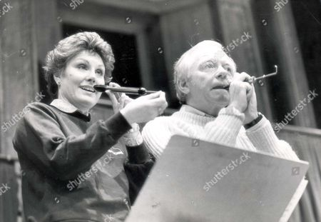 Angela Rippon Television Presenter The Royal College Of Music 100 Year Appeal Concert Held Today At The Royal Albert Hall Angela Rippon And Peter Barkworth (died 10/06) On Quails