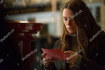 Keira Knightley as Katharine Gun