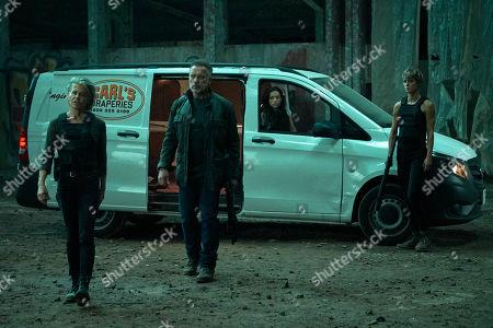 Linda Hamilton as Sarah Connor, Arnold Schwarzenegger as T-800/Carl, Natalia Reyes as Dani Ramos and Mackenzie Davis as Grace