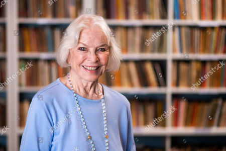 Stock Photo of Ellen Burstyn poses for a portrait in the Paul Newman Library of the Actors Studio, in New York