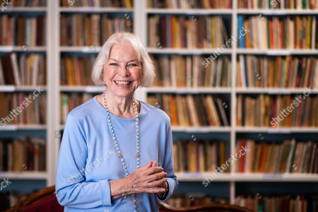 Ellen Burstyn poses for a portrait in the Paul Newman Library of the Actors Studio, in New York