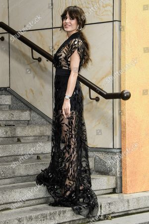 German actress Natalia Avelon arrives for the GQ Men of the Year 2019 awards show in Berlin, Germany, 07 November 2019. The international monthly men's magazine GQ presents the award to personalities from the show and music businesses as well as society, sport, politics, culture and fashion.