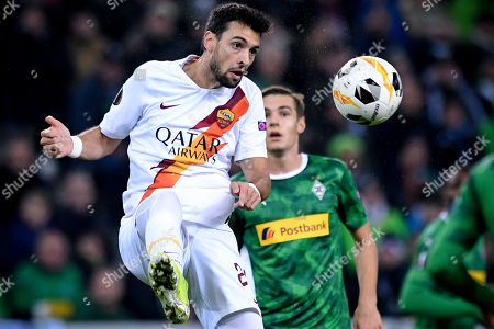 Roma's Javier Pastore in action during the UEFA Europa League group J soccer match between Borussia Moenchengladbach and AS Roma in Moenchengladbach, Germany, 07 November 2019.