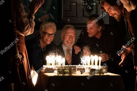 Jamie Lee Curtis as Linda Drysdale, Christopher Plummer as Harlan Thrombey, Don Johnson as Richard Drysdale and Michael Shannon as Walt Thrombey