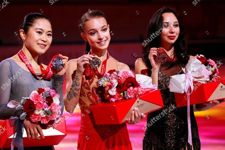 Anna Shcherbakova (C) of Russia poses with her gold medal on the podium of the Ladies competition at the 2019 Shiseido Cup of China ISU Grand Prix of Figure Skating in Chongqing, China, 09 November 2019. Shcherbakova won ahead of second placed Satoko Miyahara (L) of Japan and third placed Elizaveta Tuktamysheva (R) of Russia.