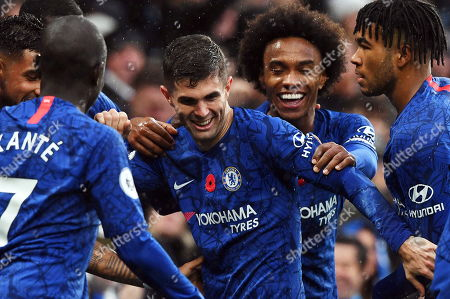 Chelsea's Christian Pulisic (C) celebrates with teammates after scoring the 2-0 lead during the English Premier League soccer match between Chelsea FC and Crystal Palace at Stamford Bridge in London, Britain, 09 November 2019.
