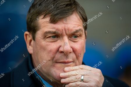 Tommy Wright, manager of St Johnstone FC looks pensive before the Ladbrokes Scottish Premiership match between St Johnstone FC and Hibernian FC at McDiarmid Park, Perth