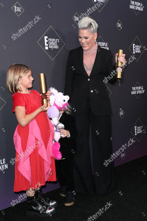 Pink - People's Champion Award with Willow Sage Hart
