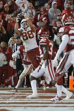 Stock Picture of Charlie Kolar, Pat Fields, Delarrin Turner-Yell. Iowa State tight end Charlie Kolar (88) catches a pass for a touchdown between Oklahoma safety Pat Fields (10) and safety Delarrin Turner-Yell (32) during the fourth quarter of an NCAA college football game in Norman, Okla