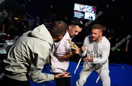 Florian Ordonez & Oli - Florian Ordonez and Olivio Ordonez and M Pokora