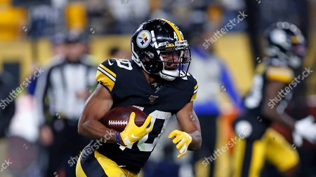 Pittsburgh Steelers running back Tony Brooks-James (40) carries the football during the second half of an NFL football game against the Los Angeles Rams in Pittsburgh