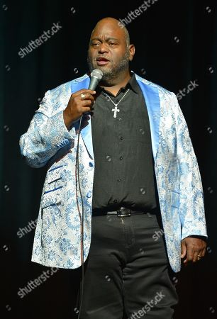 Lavell Crawford performs on stage