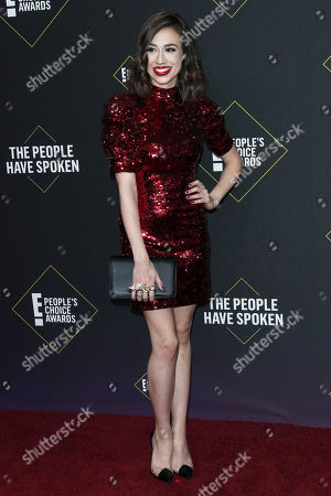 Colleen Ballinger arrives for the 2019 People's Choice Awards at the Barker Hangar in Santa Monica, California, USA, 10 November 2019.
