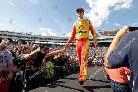 Joey Logano greets fans during driver introductions prior to the NASCAR Cup Series auto race at ISM Raceway, in Avondale, Ariz